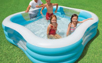 Как сделать бюджетный бассейн своими руками во дворе