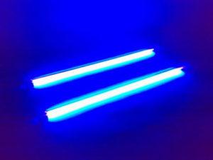 Ультрафиолет обеззараживает воду от микробов и водорослей
