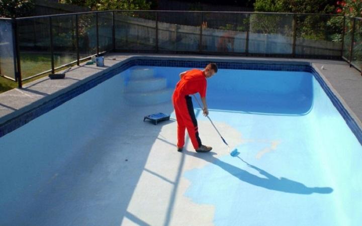 Нанесение гидроизоляции бассейна
